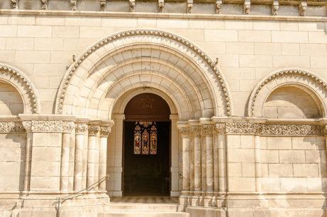 F_Charente_Jarnac_Kirche_1_credits_Hilke Maunder