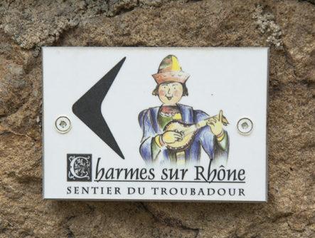 f_charmes-sur-rho%cc%82ne_altstadt_sentier-du-troubadourhilke-maunder