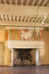 F_Chateauneuf-en-Auxois_Château_4_credits_Hilke Maunder