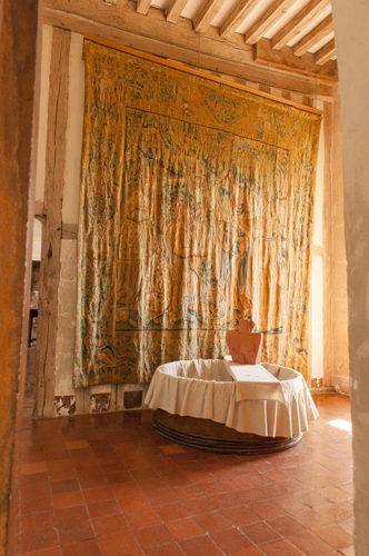 F_Chateauneuf-en-Auxois_Château_9_credits_Hilke Maunder