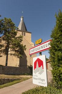 F_Chateauneuf-en-Auxois_Dorf_1_credits_Hilke Maunder