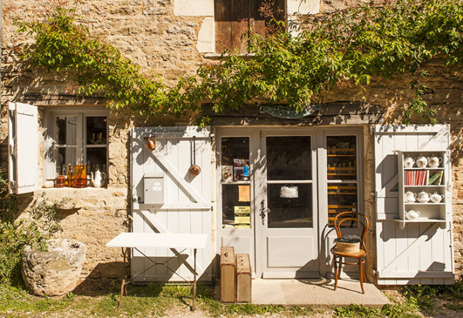 F_Chateauneuf-en-Auxois_Dorf_6_credits_Hilke Maunder