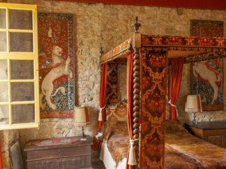 """Château de Cuvières: das """"chambre"""" des Bischofs"""