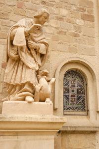 F_Drome_Saint-Donat_Statue_credits_Hilke Maunder