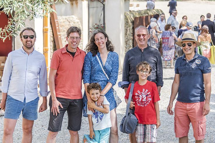Glücklich in Cospron: Georg Henker und Familie