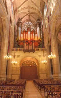F_Gers_Auch_Kathedrale_Innenraum_Orgel_credits_Hilke Maunder