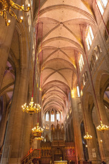 F_Gers_Auch_Kathedrale_Innenraum_Orgel_2_credits_Hilke Maunder