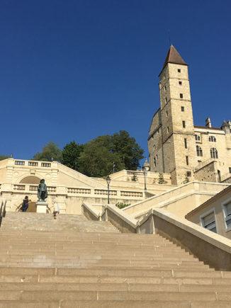 F_Gers_Auch_Monumentaltreppe_Tour d'Armagnac_Artagnan_4_credits_Hilke Maunder