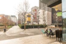 F_Grenoble_Quartier de la Bonne_Lucien et la Cocotte_1_credits_Hilke Maunder