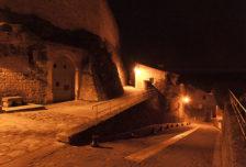 F_Grignan_Bourg_Aufgang Schloss_credits_Hilke Maunder