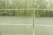 F_Hausboot_Charente_Regen_1_credits_Hilke Maunder