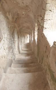 f_korsika_bonifacio_tunnel_treppe_1hilke-maunder