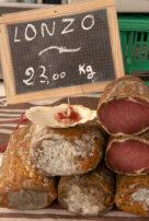 f_korsika_i%cc%82le-rousse_markt_lonzu_1_hilke-maunder