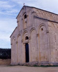 f_korsika_saint-florent_kathedrale_aussen_©Jean-FranÁois _Pressebild OT Saint-Florent