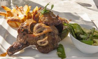 f_korsika_santantonino_restaurant-la-vou%cc%82te_hammel_hilke-maunder