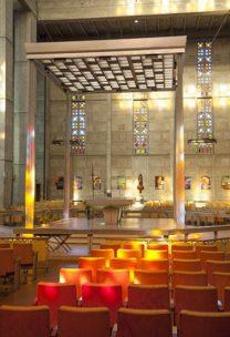 F_Le Havre_Saint-Joseph_Altar_©Hilke Maunder