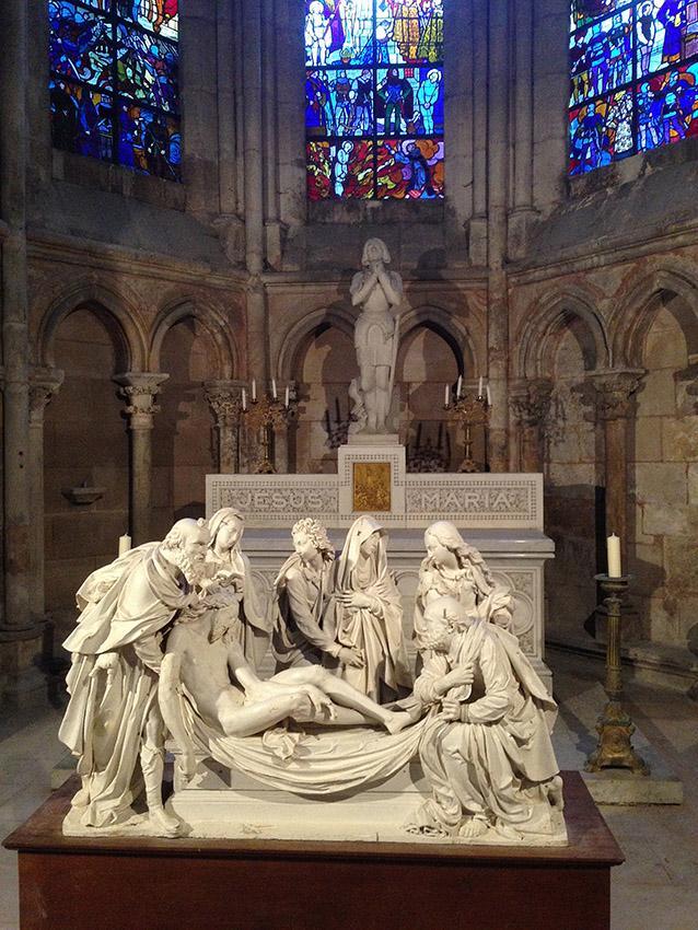 Der Altar der Kathedrale von Le Mans. Foto: Hilke Maunder