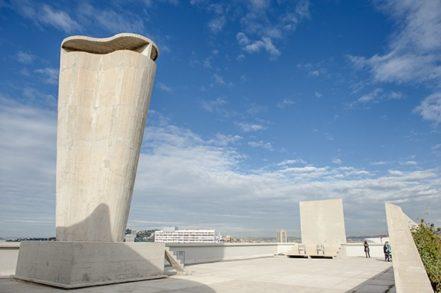 F_Marseille_Cité Radieuse_Dachterrasse_Skulptur_2©Hilke Maunder
