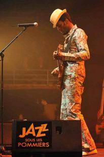 F_Normandie_Coutances_Jazz sous les pommiers_Keziah Jones 2©PY Le Meur 2