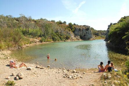 F/Languedoc-Roussillon/Portel-des-Corbières: Badestelle an der Berre