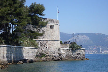F_Presqu'île du Cap Sicié_Burg©Claudia Albrecht