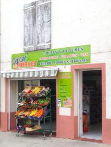 F_Saint-Paul_grocery shop_credit_Hilke Maunder