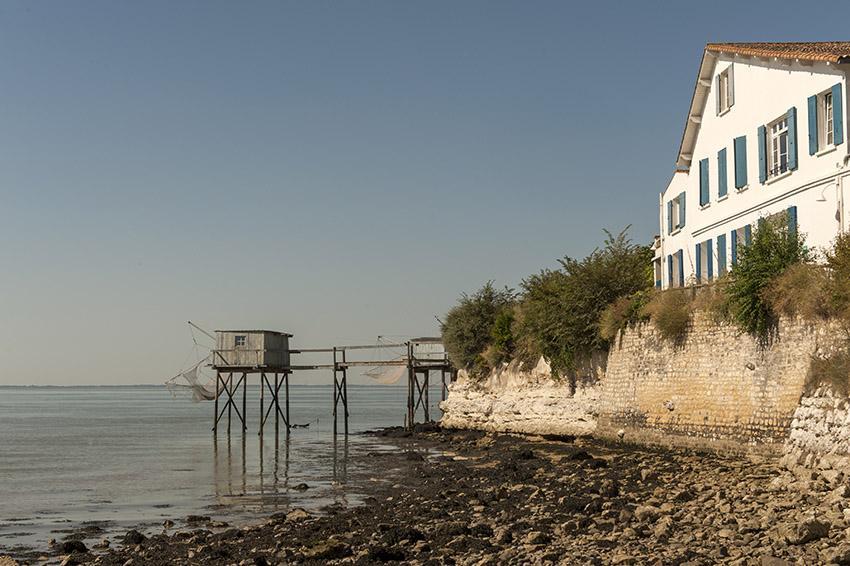Talmont-sur-Gironde: Über dem Hafen stand einst ein altes Zollhaus. Der heutige Bau wurde 1930 errichtet. Foto: Hilke Maunder