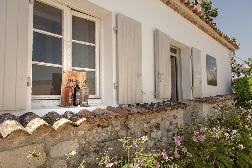 Die Boutique des Weingutes im Ortszentrum von Talmont. Foto: Hilke Maunder