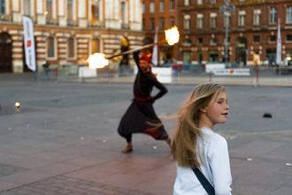 F_Toulouse_Place du Capitol_Feuerschlucker©Hilke Maunder